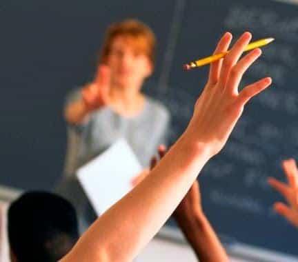 Media Pembelajaran Bahasa Inggris : Pengertian, Tujuan, dan Contoh