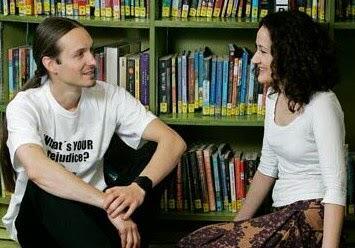 Contoh Percakapan Bahasa Inggris di Perpustakaan dan Terjemahannya
