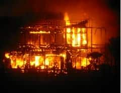 Contoh Berita Bahasa Inggris Tentang Kebakaran dan Artinya