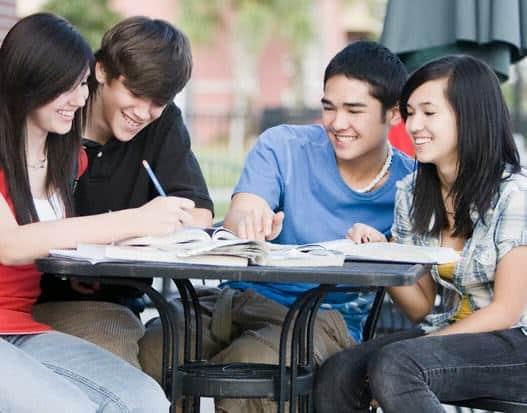 9 Tips Belajar Bahasa Inggris Secara Efektif dan Menyenangkan