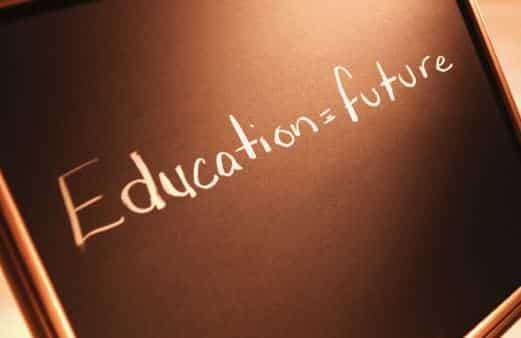 2 Contoh Berita Koran Bahasa Inggris Tentang Pendidikan dan Artinya