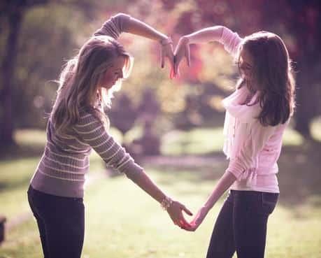 15 Kata Kata Mutiara Persahabatan dalam Bahasa Inggris dan Artinya