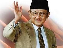 Biografi BJ. Habibie Dalam Bahasa Inggris Secara Singkat