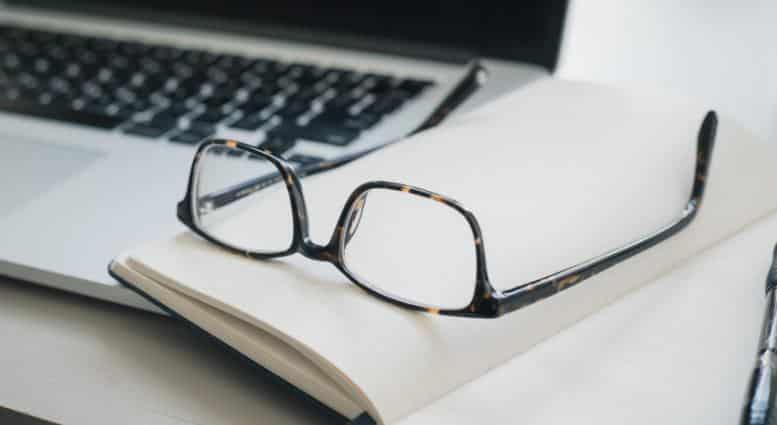 Penggunaan Reporting Verbs dalam Kalimat Tidak Langsung (Reported Speech) dalam Bahasa Inggris